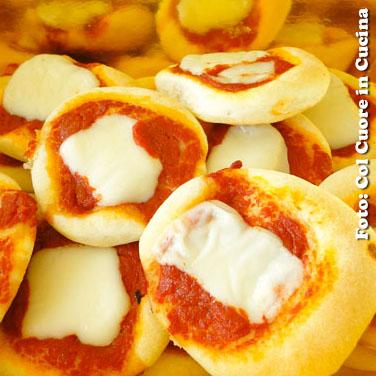 """Pizzette """"party"""" soffici"""