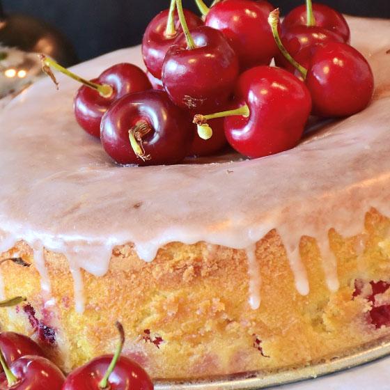 Ciambella alle ciliegie