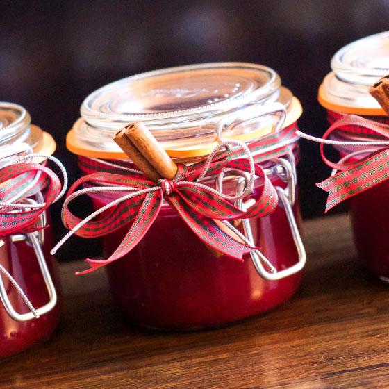 Marmellata di prugnette (ramassin)