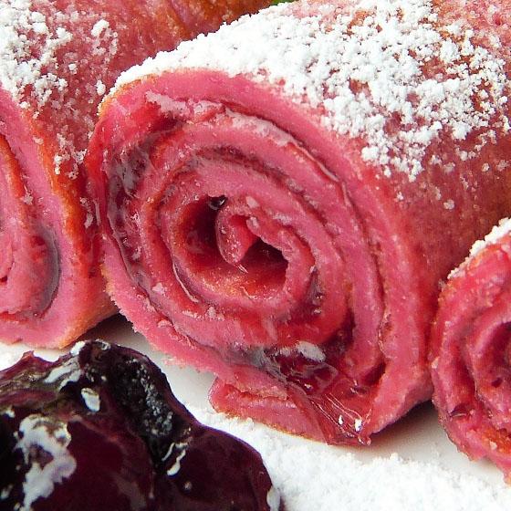 Crêpes rosa alla ciliegia